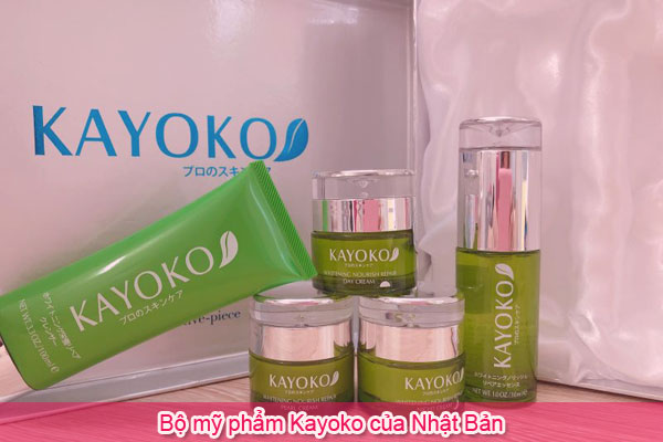 Bộ mỹ phẩm Kayoko của Nhật Bản